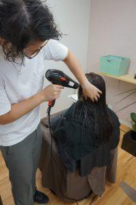 髪を乾かすポイント 8