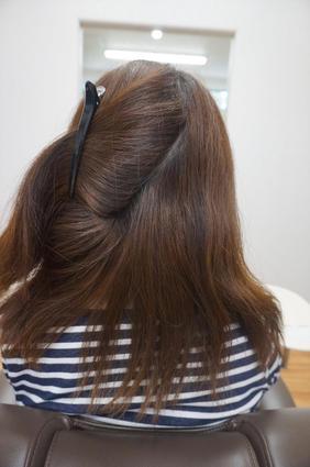 暑さや長雨、汗で髪がうねる――縮毛矯正で解決 5