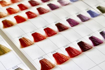 美容院のカラー剤と市販のカラー剤、何が違うの? 1